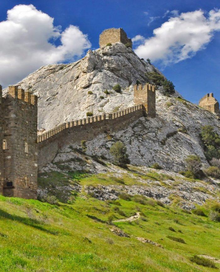 Гора Крепостная в Судаке